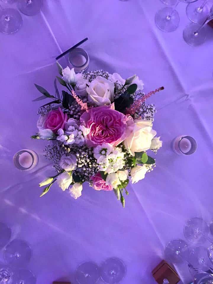 Centre de table en fleurs
