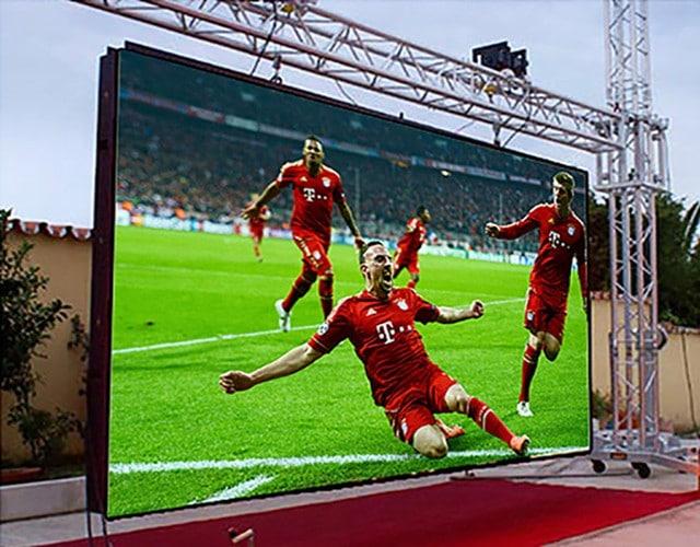 Retransmission TV événement sportif.